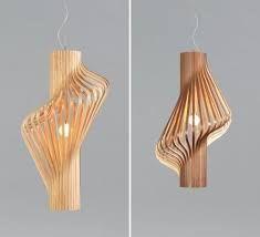 Lampada in legno
