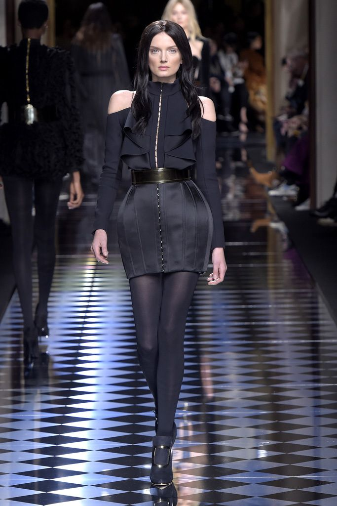 Lily Donaldson on the catwalk