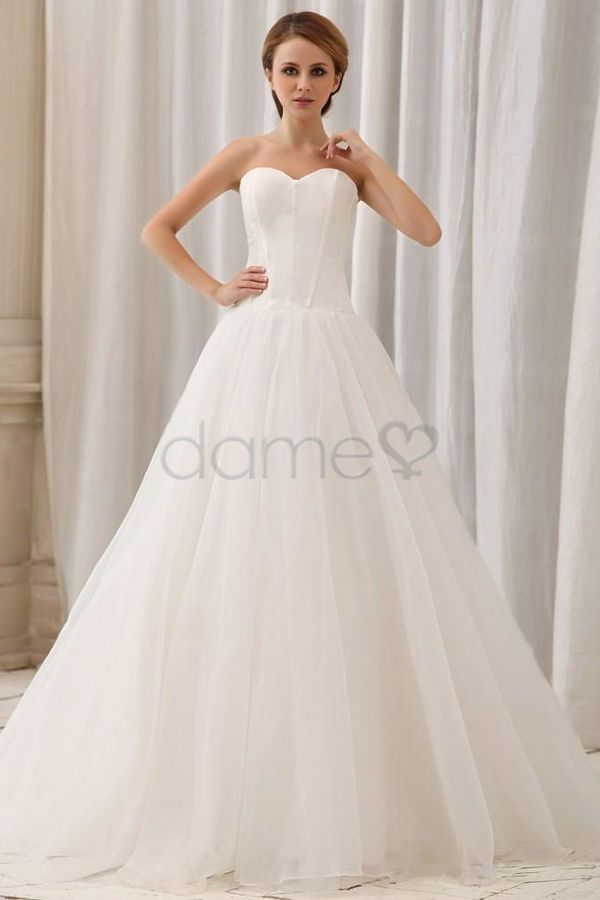 32 best brautkleider images on Pinterest | Wedding frocks ...