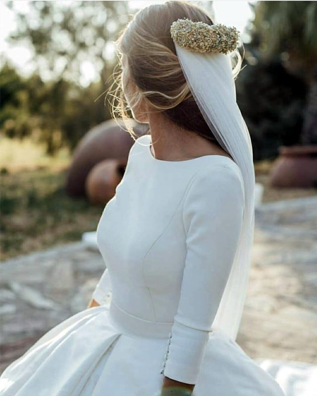 Bescheidene Brautkleider Satin Ballkleider mit Ärmeln