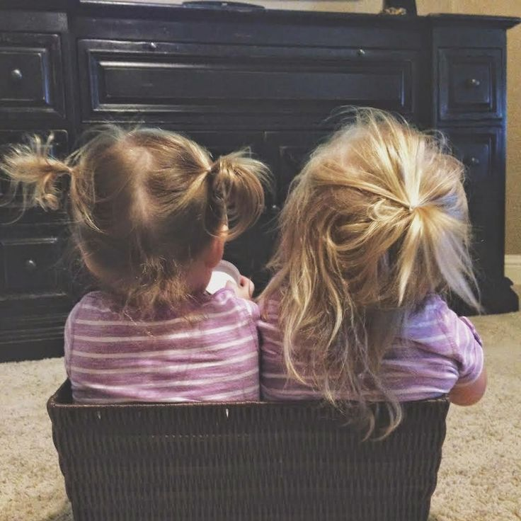 3 Ladies and Their Gent: Parker & Jolie   22 Month update - life with toddler twins