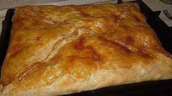 Rețetă tradițională grecească de plăcintă cu pui și cartofi