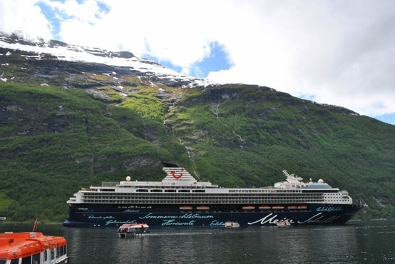 Norway  - Norwegen  - Geiranger - Mein Schiff  2 - Juli 2012 - July 2012