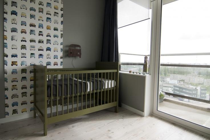 stoere babykamer met auto thema
