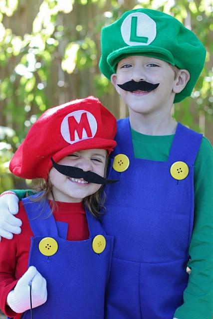 Mario and Luigi costume tutorial