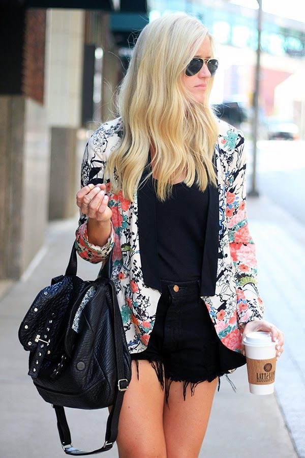 Transition to Fall! Blazer, cutoffs, coffe, boots and Ray-Bans!
