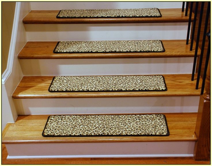 25+ Best Ideas About Stair Tread Rugs On Pinterest