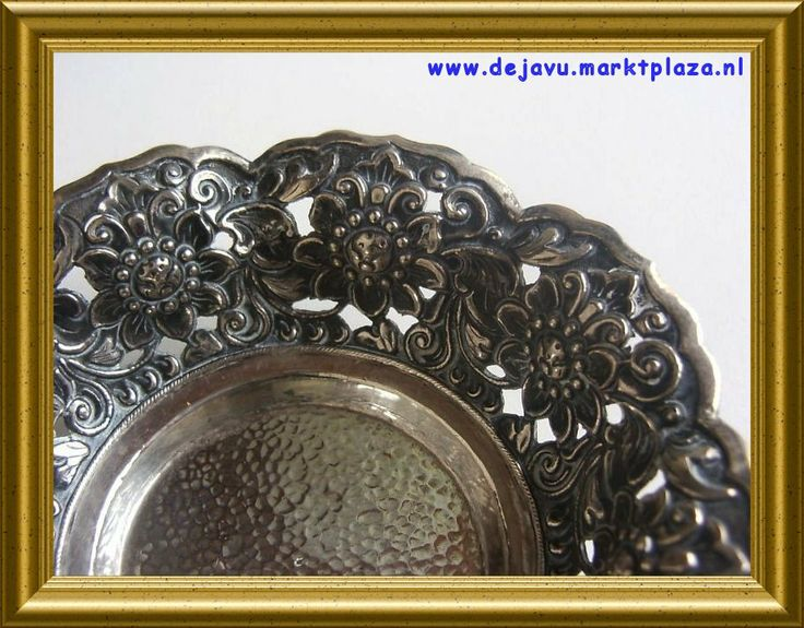 Lovely yogya silver bowl, Indonesia, sold. www.dejavu.marktplaza.nl