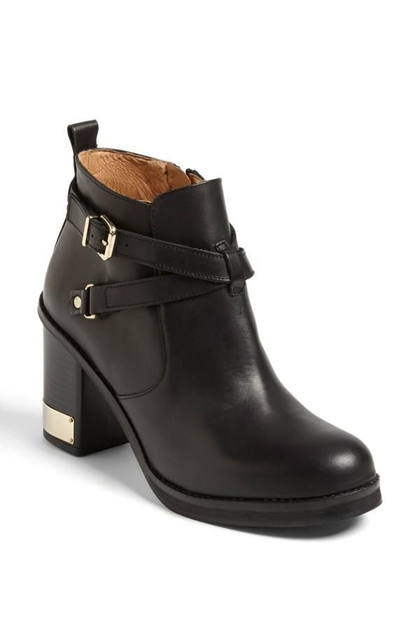 Totally need. Topshop Black Boot