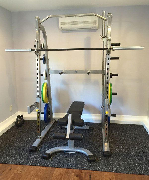 Nice compact yet full set up with ac even garage gym