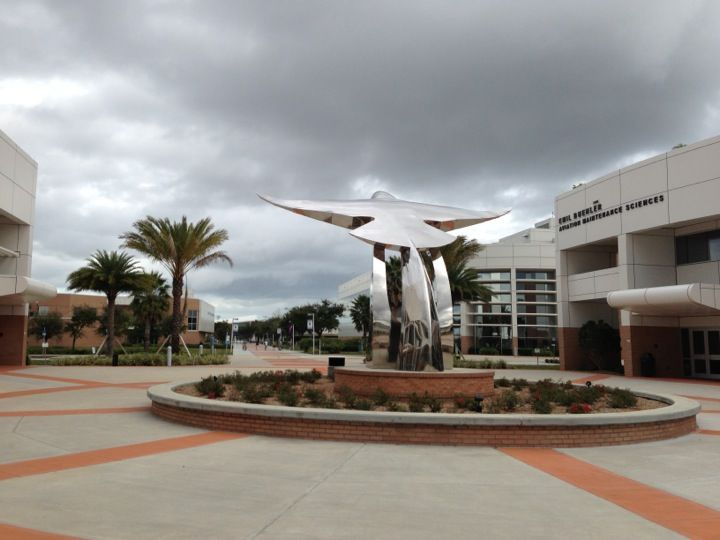 Embry Riddle Aeronautical University In Daytona Beach Fl Travel 2018 Pinterest And