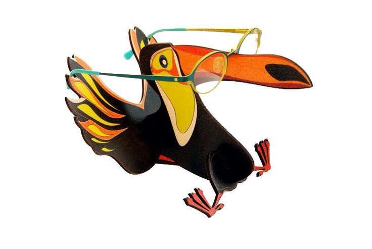 #display made of #wood #toucan #glasses #frame #creative #design #optical