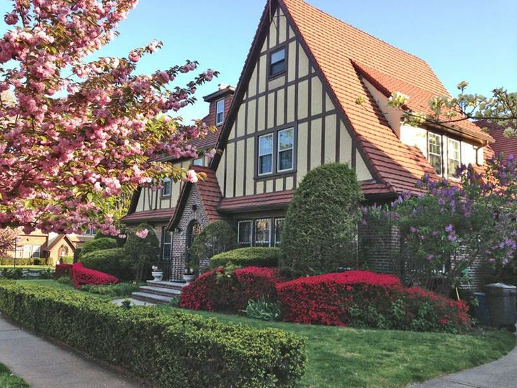 1000 images about our listings and open houses on pinterest gardens nyc and architecture for Forest hills gardens real estate