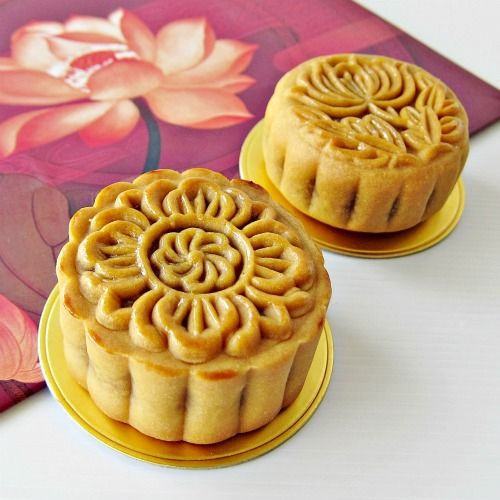 Traditional Baked Mooncake recipe | Mooncakes are offered between friends or on family gatherings while celebrating the festival. - Foodista.com