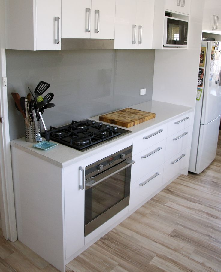Drawers really increase your amount of storage and are an effective use of kitchen space. No longer do you have to get lost in your cupboards, just simply pull out your drawers.