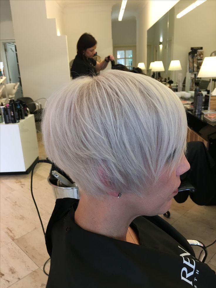 Blonde Hair , wit haar , korte bob