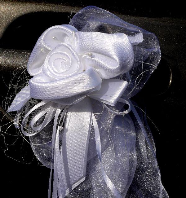 Décoration voiture de mariage luxe mariage