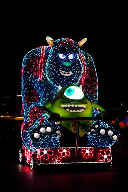 Disney - Disney's Electrical Parade | Flickr - Photo Sharing!