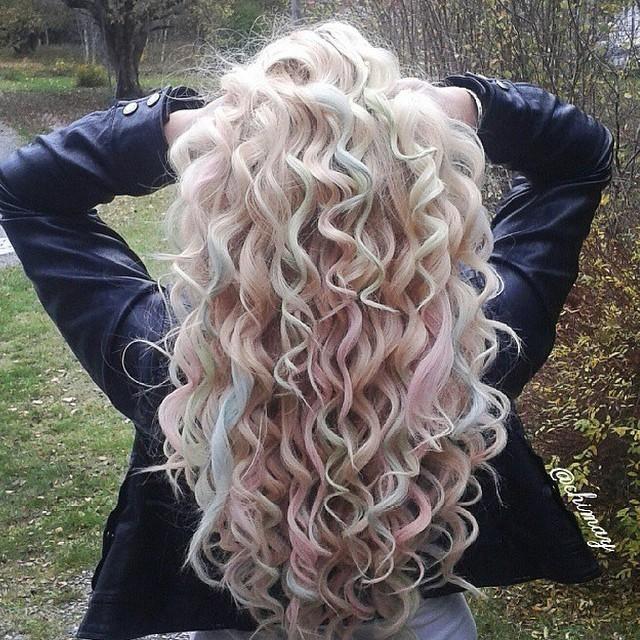 hair chalked #curls