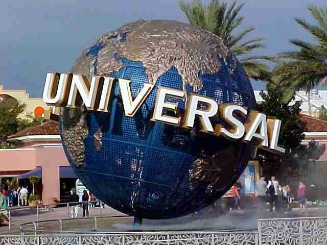 Head to Universal Studios With Prime Time Shuttle