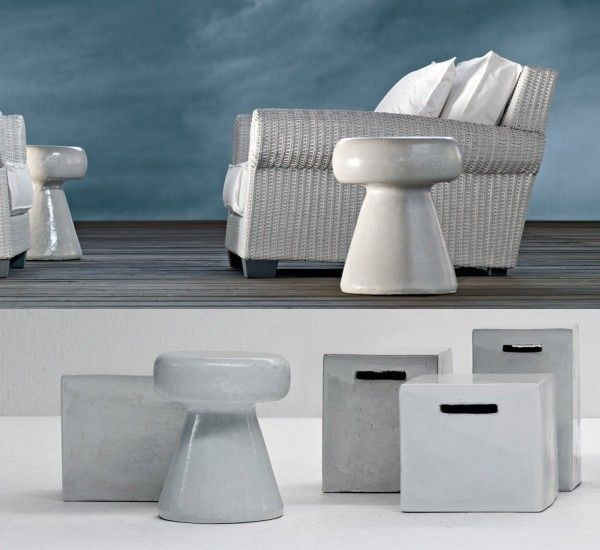 InOut 44 is a pouf / coffee table by Paola Navone for Gervasoni in ceramic.