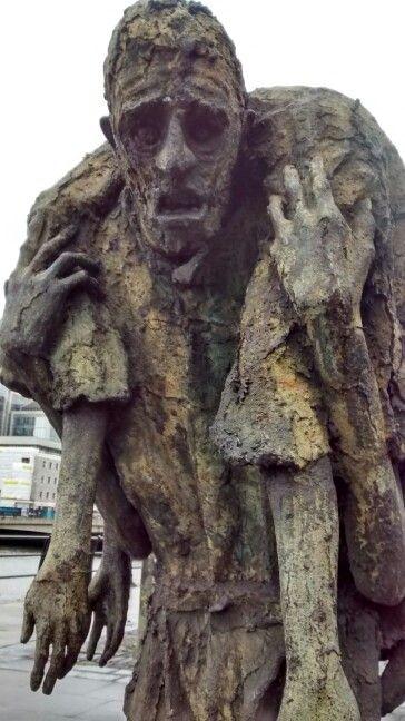 The Famine Memorial Dublin - IE 12/2016