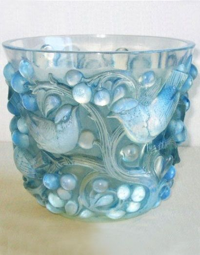 Avallon Opalescent Glass Vase made by Rene Lalique in Paris, France, between the 1890s and his death in 1945. The glass was molded, pressed, and engraved in Art Nouveau and Art Deco styles.