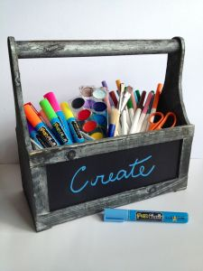 Fun with neon chalk markers. Use it in the classroom, at home! Fun for all family members!