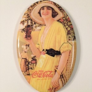 Advertising Pocket Mirror Coke 1973 Coca Cola Authentic