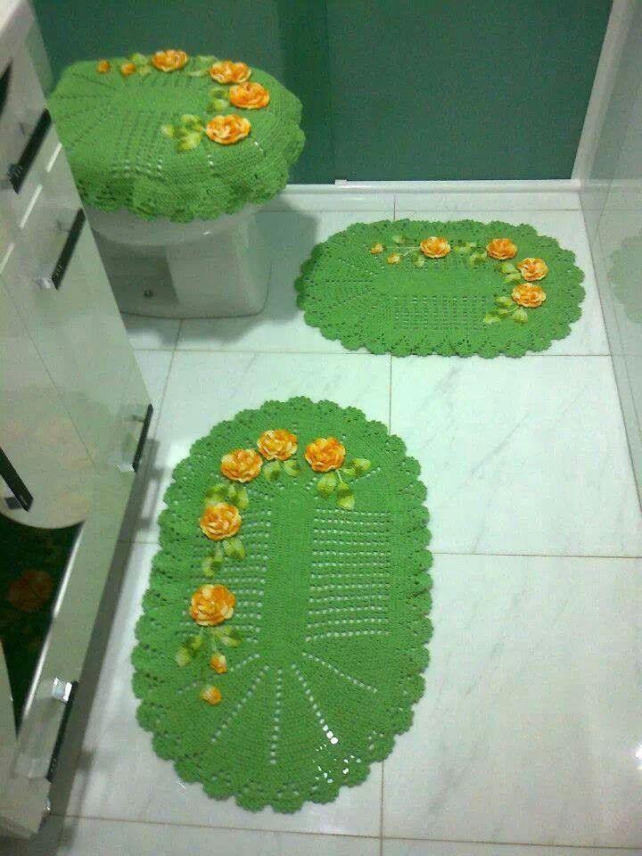green bathroom set