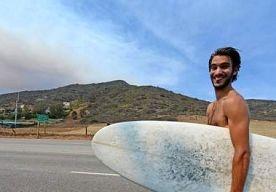 5-May-2013 5:31 - NATUURBRAND VERJAAGT STERREN UIT HUN VILLAS IN MALIBU. De natuurbranden in het zuiden van de Amerikaanse staat Californië blijven een gevaar vormen voor 4.000 woningen, waaronder een aantal…...