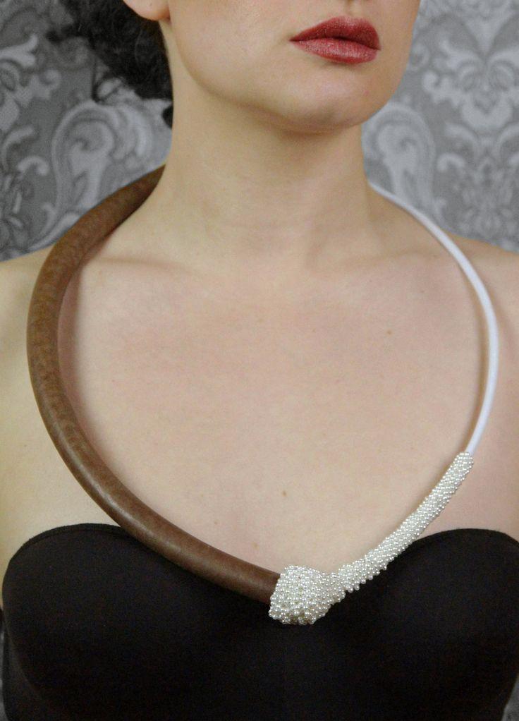 Untitled(faux pearls) - Tineke Maree Jansen (2012)