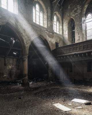 Загадочные заброшенные места Великобритании. Фото