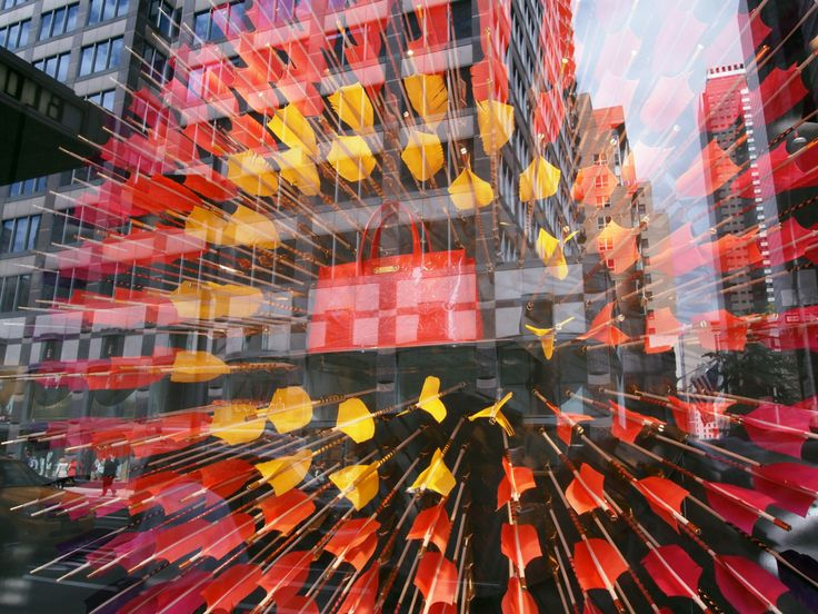 capstone project louis vuitton The company is handing over all of the holiday windows in 350 stores worldwide  to a special contemporary art project.