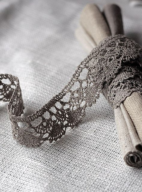#grey: Lace Ribbons, Lace Lace, Napkins Holders, Diy Gift, Napkins Rings, Handmade Gift, Crochet Lace, Linens Lace, Grey Lace