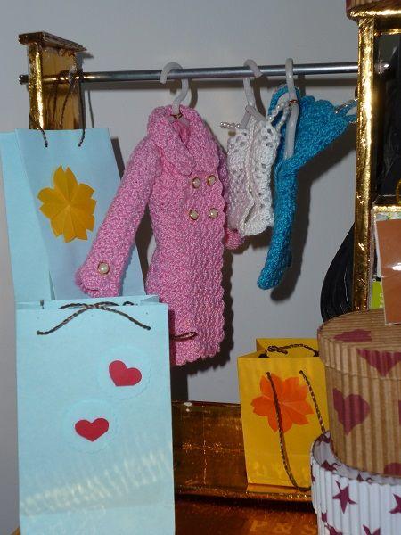 DIY - Casa da Barbie - Closet Para Bonecas Barbie, Monster High, Susi  por…
