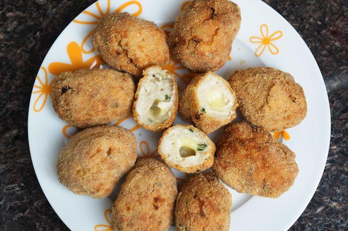 Nuggets de Frango Caseiro com Queijo   Cozinhando com a Ju    por Juliana de   Mistura feminina       - http://modatrade.com.br/nuggets-de-frango-caseiro-com-queijo-cozinhando-com-a-ju