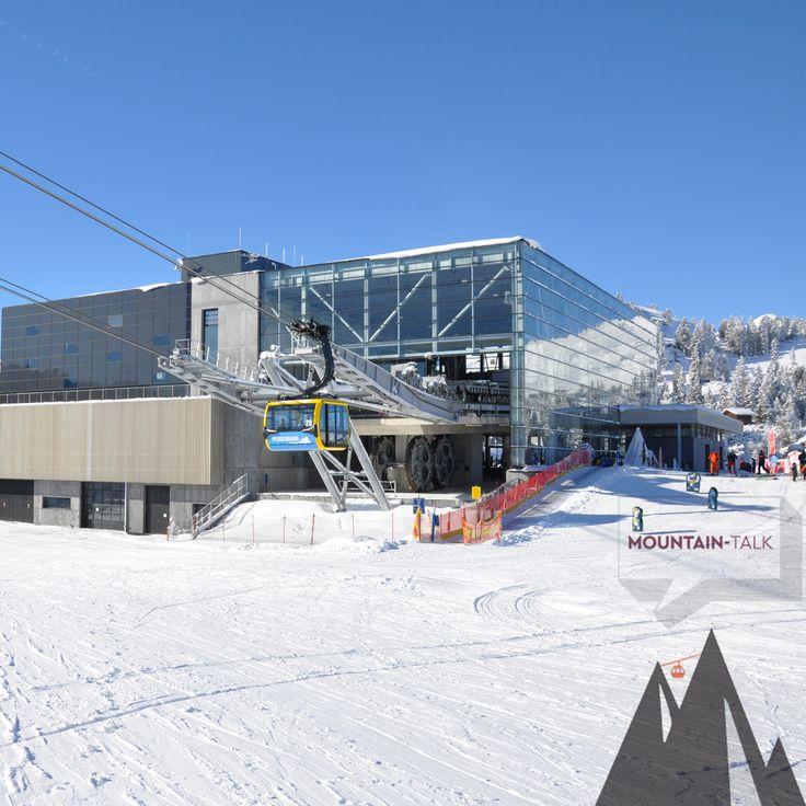 Den Pulver nutzen: Ab in die 3S Penkenbahn im Skigebiet Mayrhofen und die ersten Linien in den frischen Schnee ziehen! © Mayrhofner Bergbahnen #somuessenbergesein #photooftheday #potd #mountaintalk