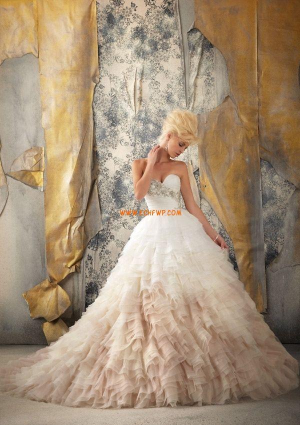 Hercegnő Klasszikus és időtálló Tavasz Évjárat Menyasszonyi ruhák