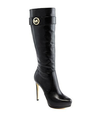 What a great pair Michael Kors boots!