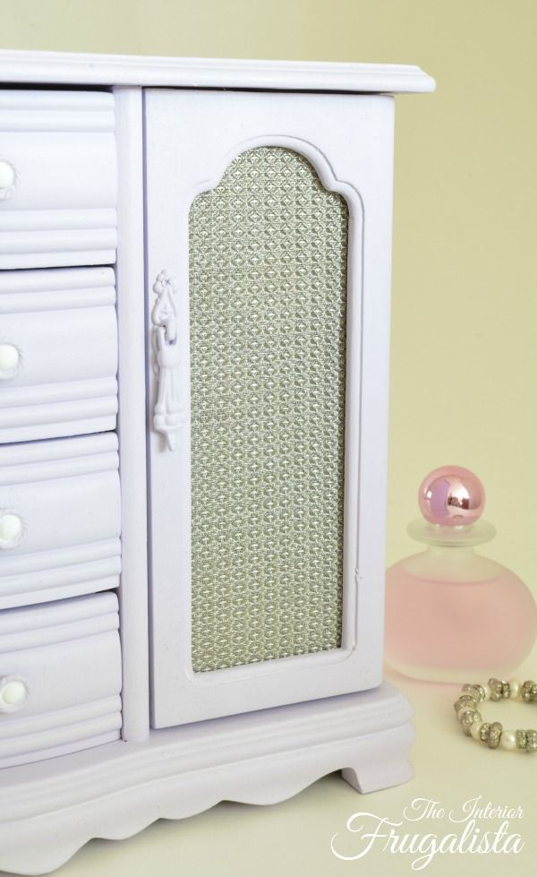 17 best images about diy painting jewelry cabinets for Old jewelry box makeover