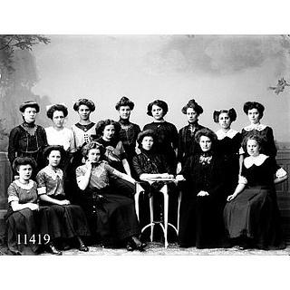 women anno 1912 by Aalborg Stadsarkiv, via Flickr