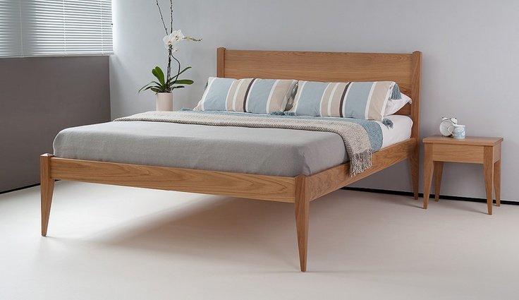 Cochin contemporary wooden bed in solid oak. This is a