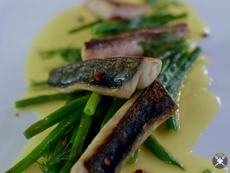 Try this grilled mackerel fillet recipe with beurre blanc and green beans. Tips included from our very own private chef. An easy recipe sure to wow!