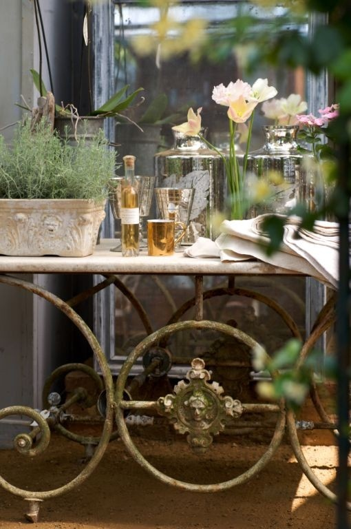 Plants & flowers look wonderful on an antique pastry table: Barwar Ideas, French Pastries, Irons Gardens Details, Pastries Tables, Beautiful French, Ivy Houses, Bar Ideas, Vignette, Bar Carts
