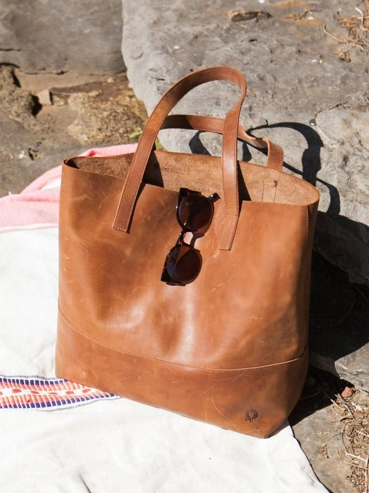 25  Best Ideas about Leather Totes on Pinterest | Leather tote ...