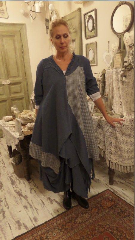 https://www.facebook.com/Lenruha  Üzlet: HOME BAZAAR- len és tervezői ruhák…