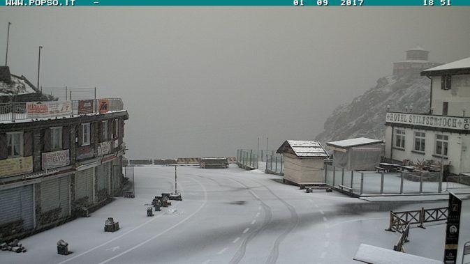 Voglia di Sci? ecco i primi Impianti Sciistici ad aprire i battenti #ski #snow #winter #mountain #alps - http://news.mondoneve.it/impianti-sciistici-aperti-dove-sciare-settembre-2017_9139.html