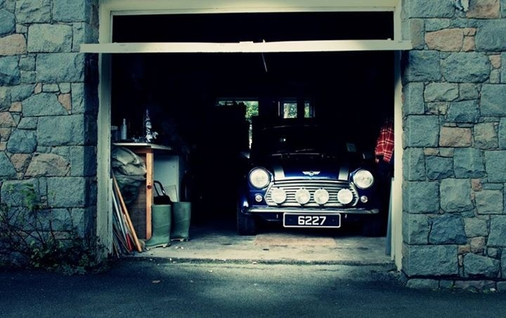 1281 best images about auto mini minor mini innocenti on for Garage mini beauvais