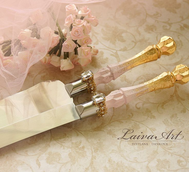 Gold Wedding Cake Server Set & Knife Cake Cutting Set Wedding Cake Knife Set Wedding Cake Servers Wedding Cake Cutter Gold and Blush Wedding - pinned by pin4etsy.com